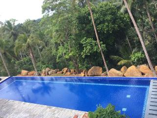 A 2 bedroom Family Bungalow in Galle with access to 30 metre infinity pool