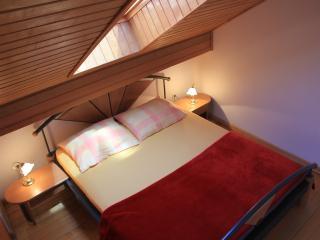 J&J Bed & Breakfast - Standard Two Bedroom Apartment, Zaton