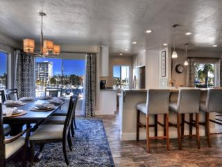 Marina Del Mar Penthouse 401B Harbor & Ocean View, Oceanside