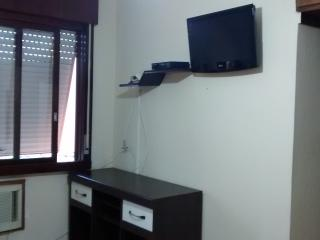Apartamento 2 qtos, boa localização, prox Iguatemi