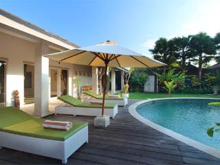 #C3 Friendly Tropical Villa Seminyak 3BR