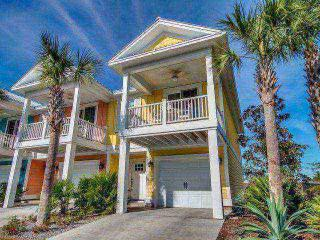 North Beach Plantation Luxury Spa Vila 2BR 2BA Sleeps 7. 2.5 Acres of Pools, North Myrtle Beach