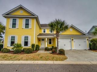 Marsh View! Luxury 4 BR 4.5 BA North Beach Plantation Cottage. Sleeps 12. Olde Mill Lane 570, North Myrtle Beach