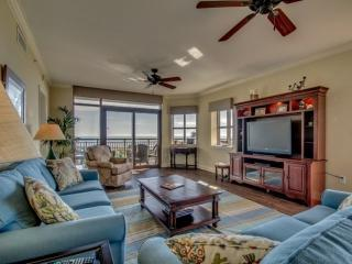 Gorgeous 3rd Floor Oceanfront End Unit Condo in North Beach Plantation