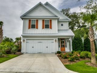 Luxury 3 BR 3.5 BA North Beach Plantation Beach House. Sleeps 10. Cantor 4839, North Myrtle Beach