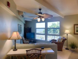 GULF FRONT CONDO!! - Beautiful 1 bedroom 1 1/2 bath condo.