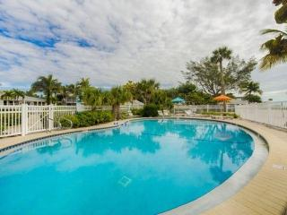 Experience Old Sanibel in Style with this Lovely GULF FRONT condo including Free