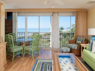 BEAUTIFUL GULF VIEWS!! LOVELY KIMBALL LODGE #302 - 100 YARDS TO THE BEACH, Sanibel Island