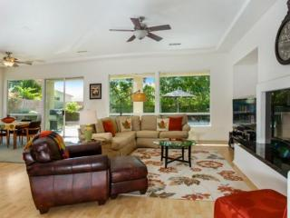The Perfect Interlude!... Spacious & Gracious home with Private Pool/Spa; 3, Palm Desert