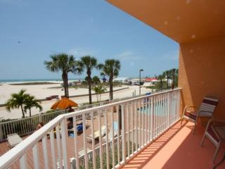 201 - Surf Beach Resort, Treasure Island
