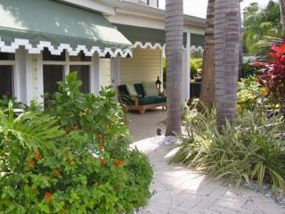 Boca Ciega Cottage, Madeira Beach