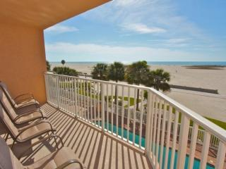 304 - Surf Beach Resort, Treasure Island