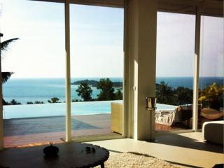 3 Bedroom Luxury Sea View Villa Sea Shore, Plai Laem