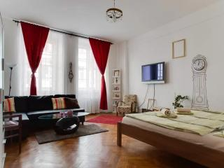Old town square apartment, Praga