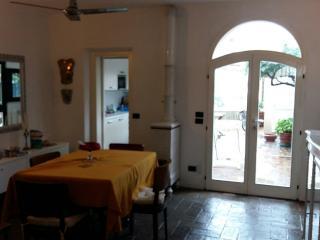 Casa Fellini 2 camere con bagn, San Giuliano a Mare