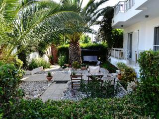 NOBLE INN - HOUSE IN LOUTRAKI, Loutraki