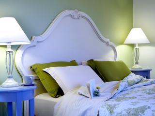 Luxurious Suite above sandy beach, Lassi