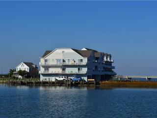 Bay's Landing, Chincoteague Island