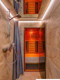 Shower and PhysioTherm sauna
