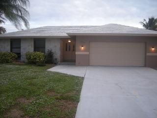 3/2 inland pool home, Marco Island