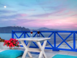 Blu Blanco Cave House by Blu Bianco Vacation Rentals