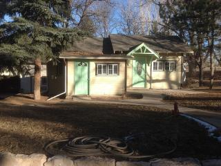 Private Cottage On Gated Property, Denver