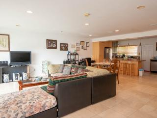 Beautiful room right on the heart of Miami Beach!!