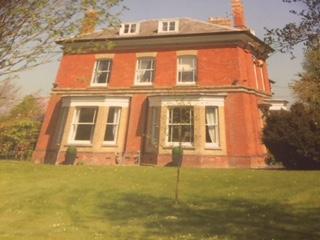 Former Gentlemans Retreat, Dursley
