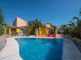 VILLA ALEXANDRA: private pool, aircon, barbecue, Calpe
