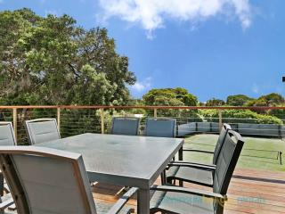Classic Beach House in Blairgowrie