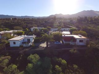 Los Guanches bungalows,double bedroom,great views.