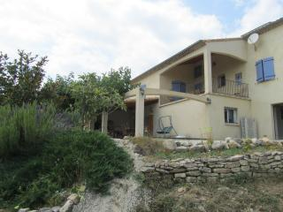 Vaste villa  ★★★ avec piscine entre Gard et Ardeche