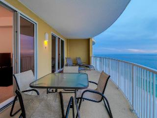 Waterfront condo w/ stunning Gulf views and great location!