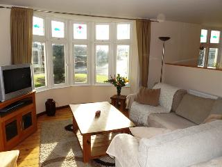 Holiday Apartment & Coastal Adventure,Porthcawl.