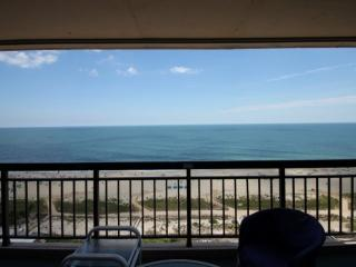 16th Floor Ocean Side Condo w/Pool, Elevator, Ocean & Bay Balconies, Steps from