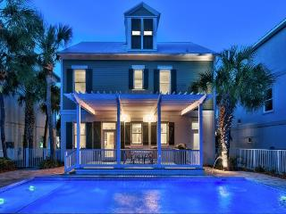 Happy Go Lucky: Fully Renovated, Private Pool!!, Miramar Beach