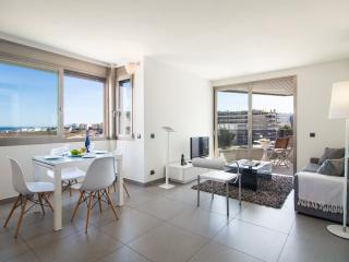Casa Nitz, brand new apartment,terrace and seaview, Ibiza