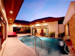 2 bdr Villa for short-term rental  Phuket - Bang Tao