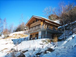 Spacious chalet with valley views, Veysonnaz