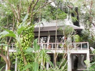 2 bdr Villa for short-term rental  Phuket - Kata, Kata Beach