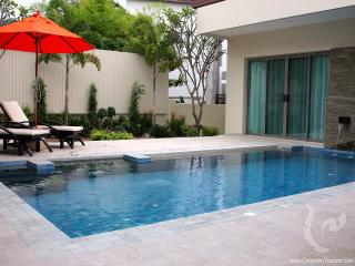 3 bdr Villa for short-term rental  Phuket - Naiharn PH-V-3bdr-58, Nai Harn