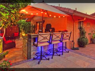Gorgeous Mini Resort Outdoor Bar/Grill/Spa/ Fun!, La Quinta
