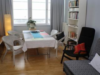 Bayerischer Platz apartment in Schöneberg with WiFi & lift.