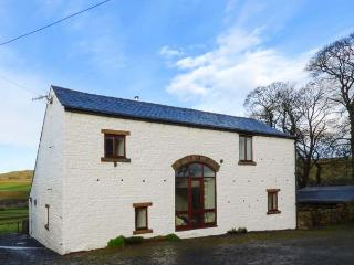 WELLHOPE VIEW COTTAGE, woodburner, open plan living, valley views, pet-friendly cottage near Alston, Ref. 919127