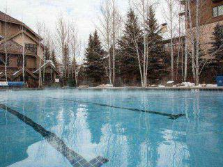 Ski In/Ski Out, Arrowhead Alpine Club, Year Round Hot Tub & Heated Pool, Air Con