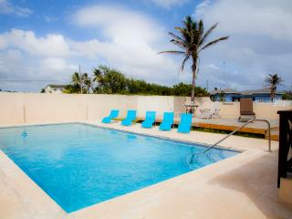 Large 5 bedroom villa, sleeps 10