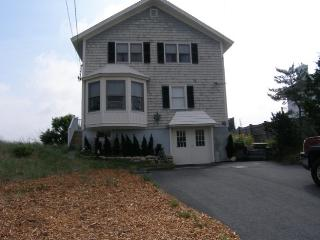 93 Phillips Rd, Sagamore Beach