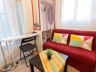 Small yet Cute Studio-  Montparnasse