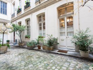 Charming vacation rental in Haut Marais, Paris