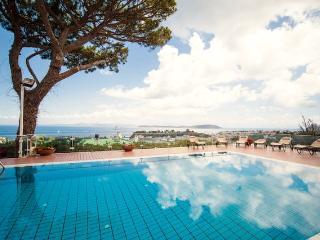 'Villa Belvedere'-a due minuti dal porto di Ischia